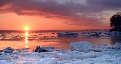 Coucher de soleil sur les battures du Saint-Laurent en hiver